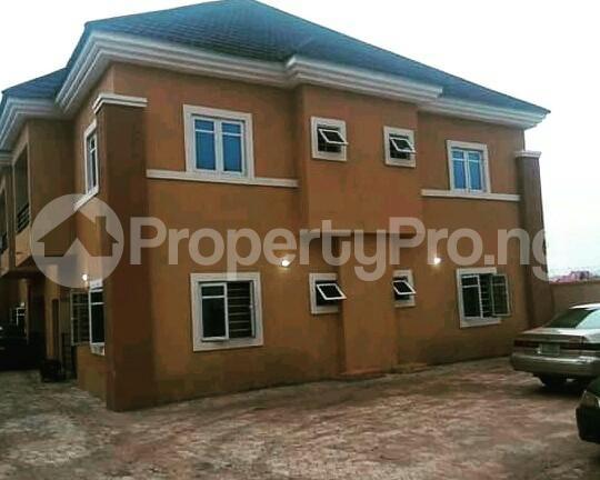Shared Apartment Flat / Apartment for sale Behind Adorable British college, New Haven extension,  Enugu Enugu - 1