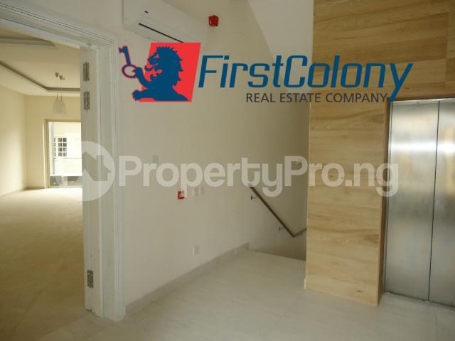 3 bedroom Flat / Apartment for rent Within Banana Island Estate Banana Island Ikoyi Lagos - 4