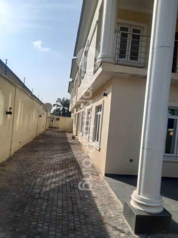 5 bedroom Detached Duplex House for sale Farm ville Estate near sky mall  Sangotedo Lagos - 13