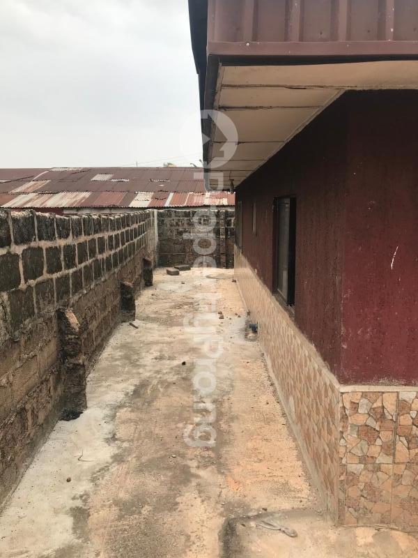 3 bedroom Detached Bungalow House for sale Uselu Shell, Benin City  Egor Edo - 11