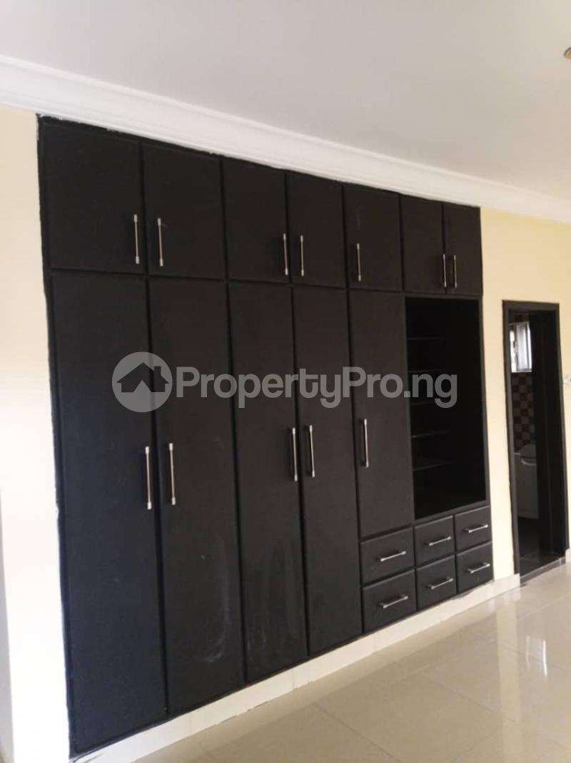 5 bedroom Detached Duplex House for rent ... Magodo GRA Phase 2 Kosofe/Ikosi Lagos - 11