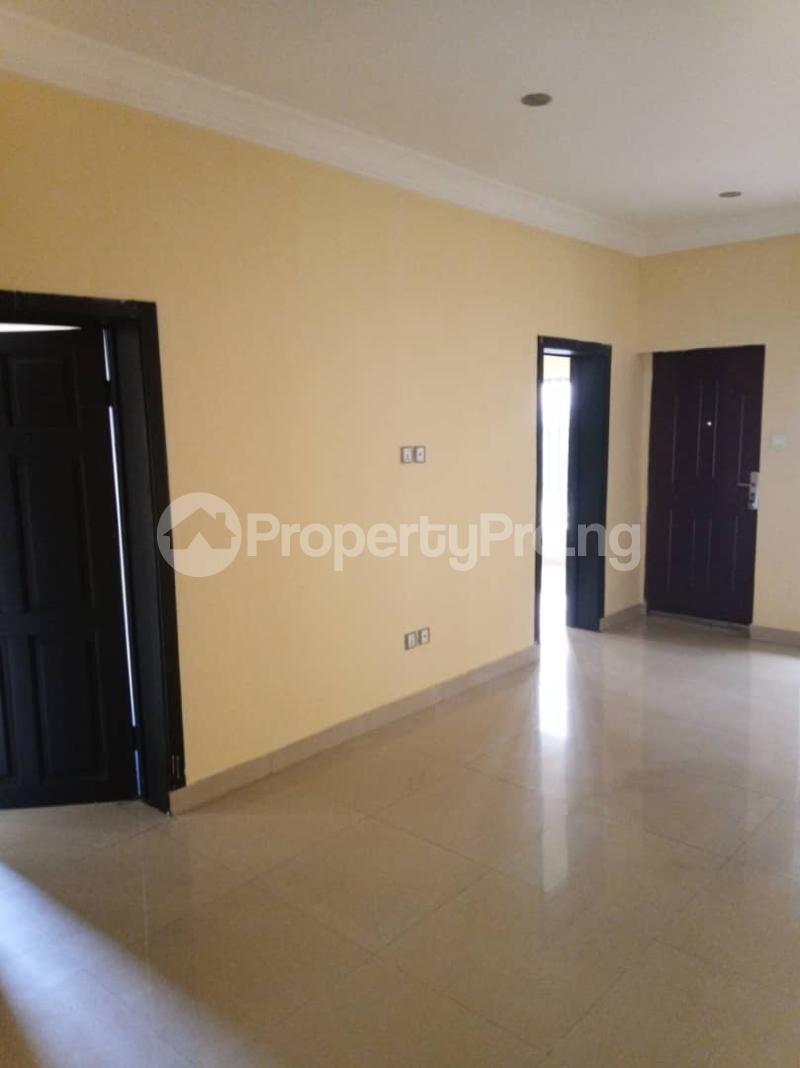 5 bedroom Detached Duplex House for rent ... Magodo GRA Phase 2 Kosofe/Ikosi Lagos - 10