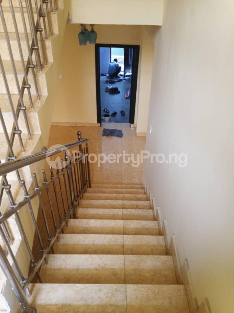 5 bedroom Detached Duplex House for rent ... Magodo GRA Phase 2 Kosofe/Ikosi Lagos - 19