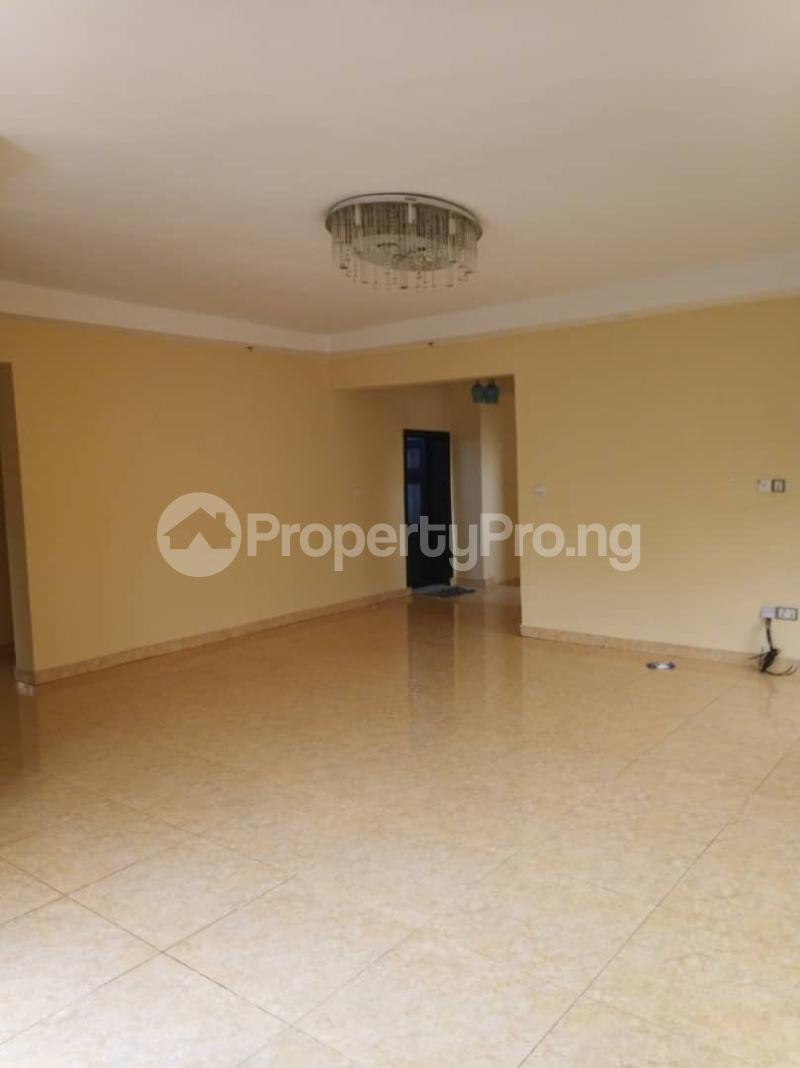 5 bedroom Detached Duplex House for rent ... Magodo GRA Phase 2 Kosofe/Ikosi Lagos - 15