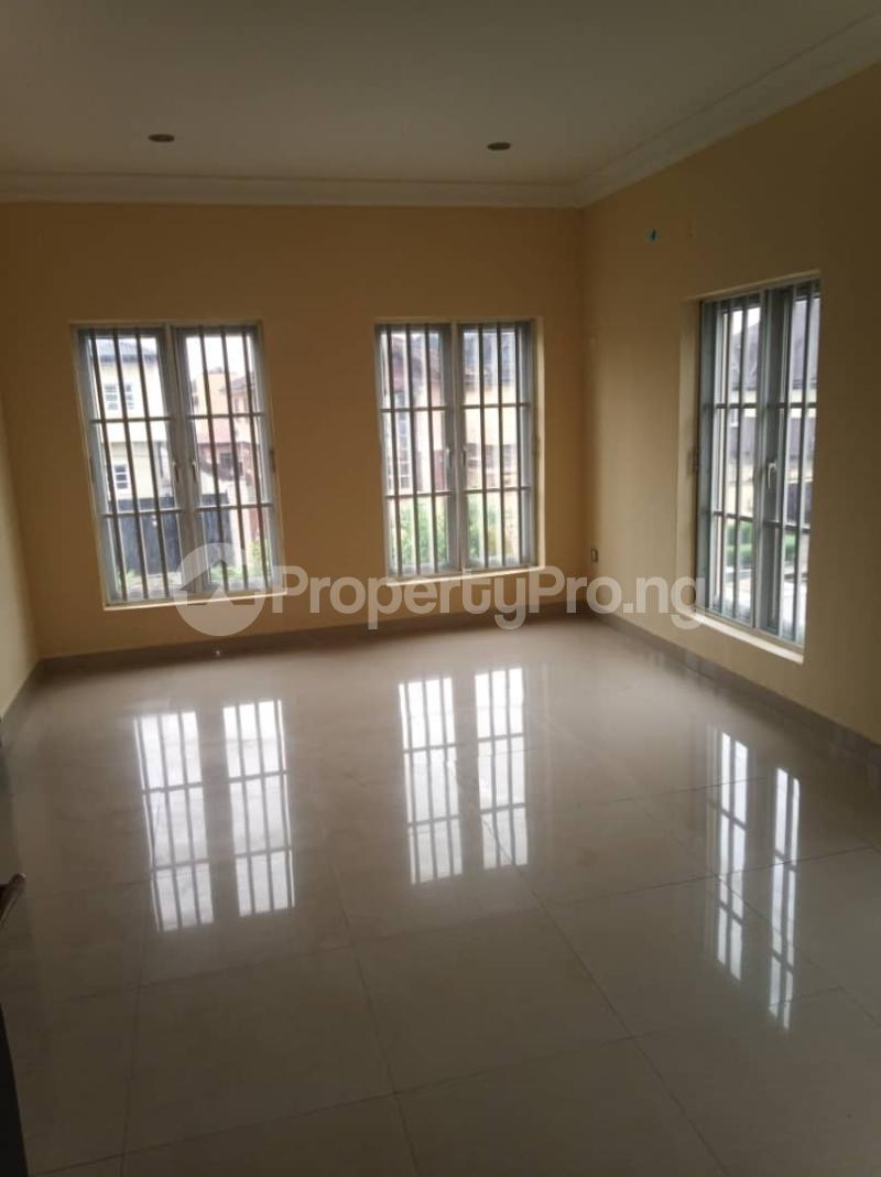 5 bedroom Detached Duplex House for rent ... Magodo GRA Phase 2 Kosofe/Ikosi Lagos - 16