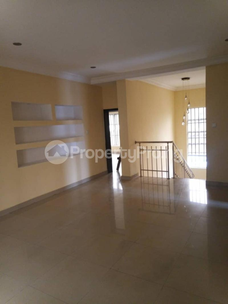 5 bedroom Detached Duplex House for rent ... Magodo GRA Phase 2 Kosofe/Ikosi Lagos - 9