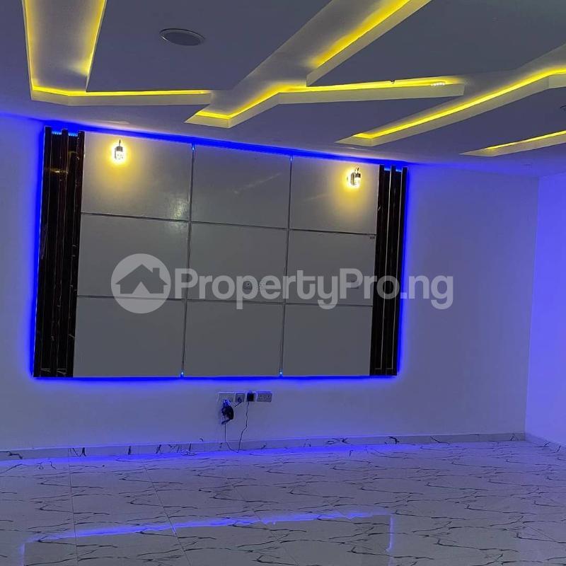 4 bedroom Semi Detached Duplex House for sale Lekki county, West end estate Ikota Lekki Lagos - 2