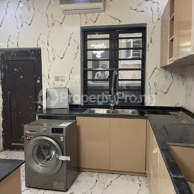 4 bedroom Semi Detached Duplex House for sale Lekki county, West end estate Ikota Lekki Lagos - 5