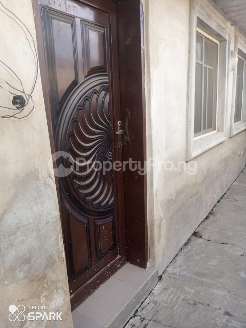 1 bedroom Self Contain for rent Adetokun Eleyele Ibadan Oyo - 3