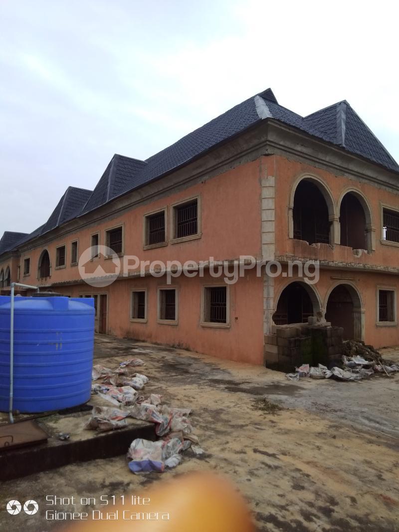 9 bedroom Hotel/Guest House Commercial Property for sale Olambe junction via ojodu Yakoyo/Alagbole Ojodu Lagos - 4