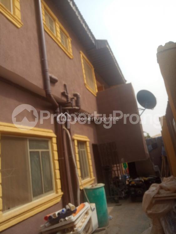 6 bedroom Hotel/Guest House for sale 12, Ogundele Phase 1, Agbaje Bus Stop Igboolomu Off Isawo Road Owutu,, Isawo Ikorodu Lagos - 4