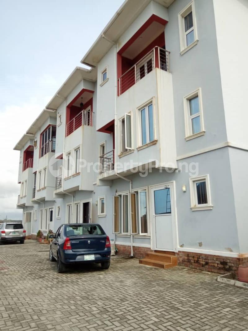 4 bedroom Terraced Duplex for sale Osapa london Lekki Lagos - 0