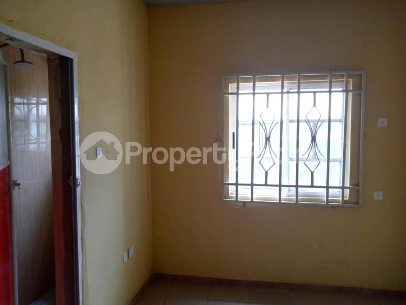Blocks of Flats House for sale sapele road Warri Delta - 5