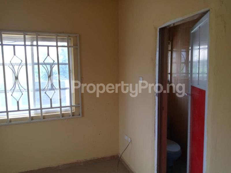 Blocks of Flats House for sale sapele road Warri Delta - 6