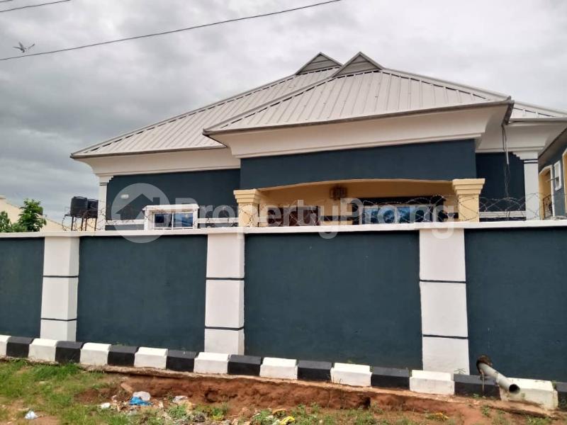 Blocks of Flats House for sale sapele road Warri Delta - 0