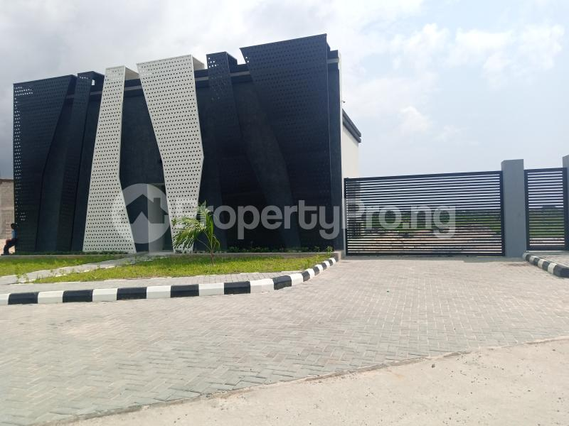 3 bedroom Semi Detached Duplex for sale The Milton Estate Awoyaya Ibeju Lekki Lagos State Ibeju-Lekki Lagos - 1