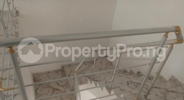 4 bedroom Semi Detached Duplex House for sale White Oak Estate,  Ologolo Lekki Lagos - 8