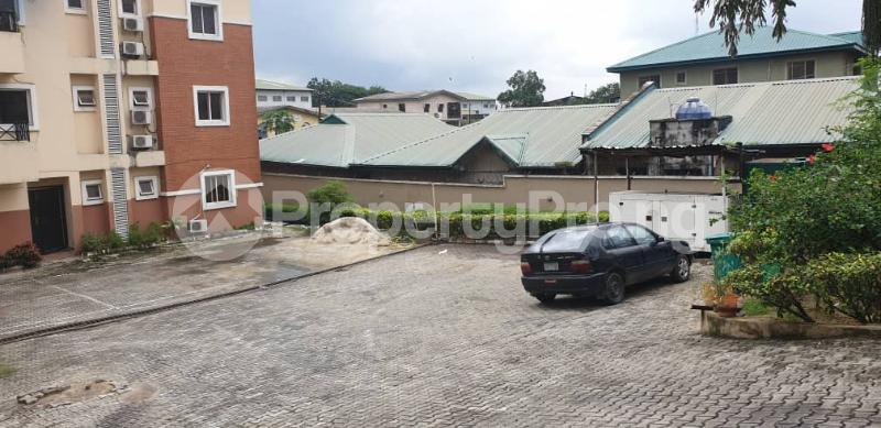 3 bedroom Blocks of Flats House for sale Obanikoro Obanikoro Shomolu Lagos - 3