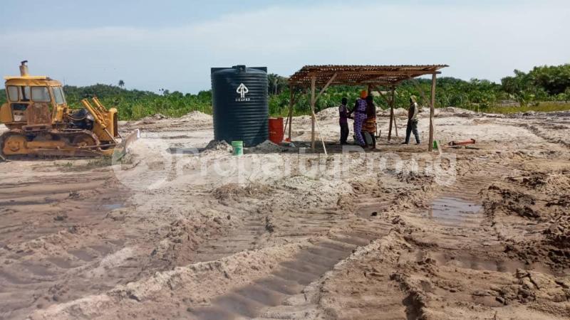 Land for sale Oribanwa Bustop Awoyaya Ajah Lagos - 1