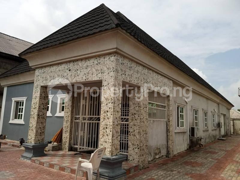 2 bedroom Mini flat Flat / Apartment for rent Airport road Warri Delta - 0