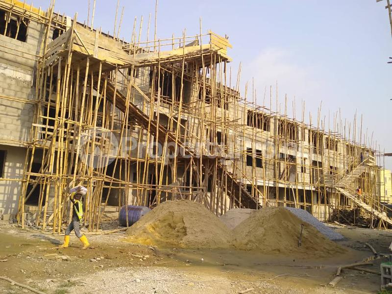 3 bedroom Shared Apartment Flat / Apartment for sale . Ogudu Ogudu Lagos - 3