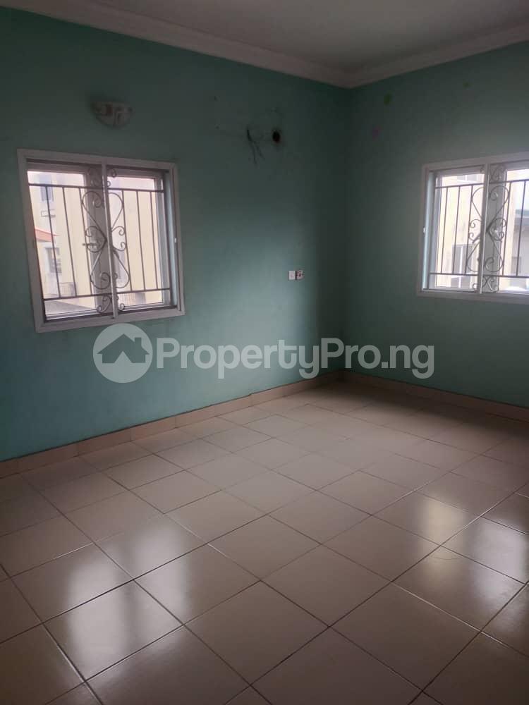 3 bedroom Mini flat Flat / Apartment for rent Jibowu, Yaba Jibowu Yaba Lagos - 6