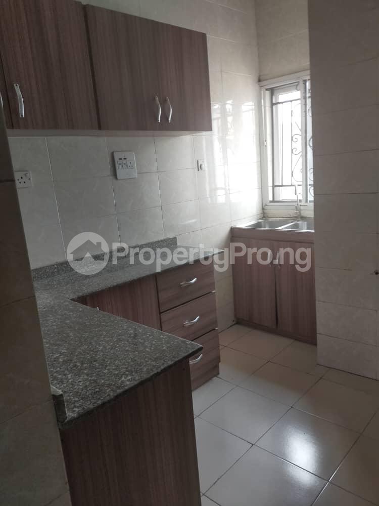 3 bedroom Mini flat Flat / Apartment for rent Jibowu, Yaba Jibowu Yaba Lagos - 1