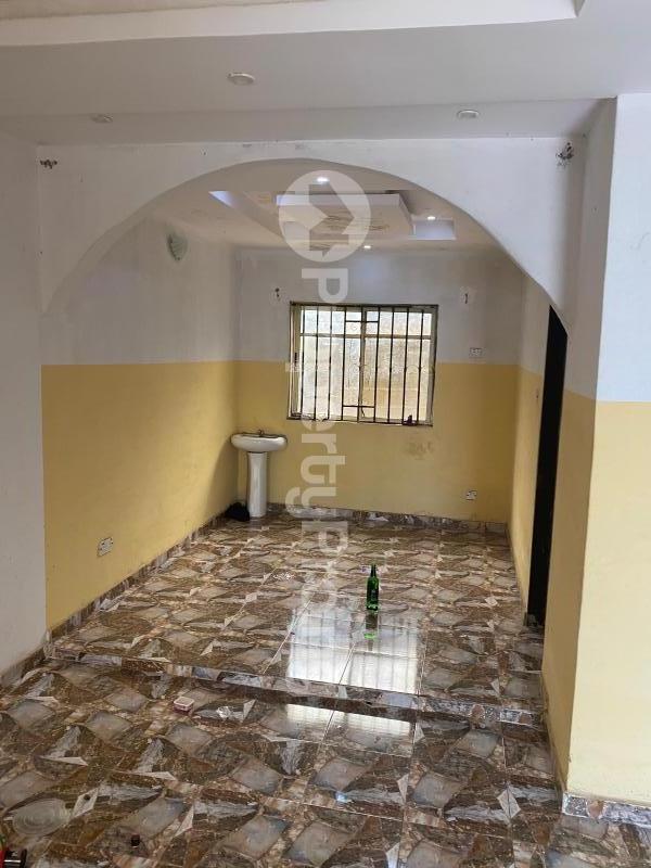 3 bedroom Flat / Apartment for rent Akobo Ibadan Oyo - 3