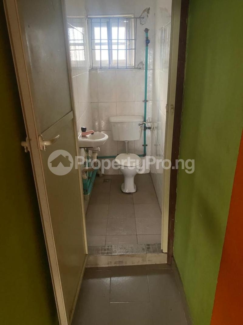 2 bedroom Flat / Apartment for rent S Ebute Metta Yaba Lagos - 4