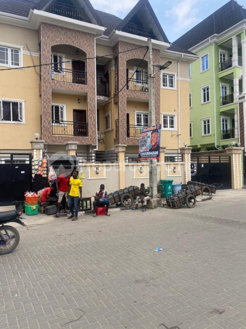 2 bedroom Flat / Apartment for rent S Ebute Metta Yaba Lagos - 0