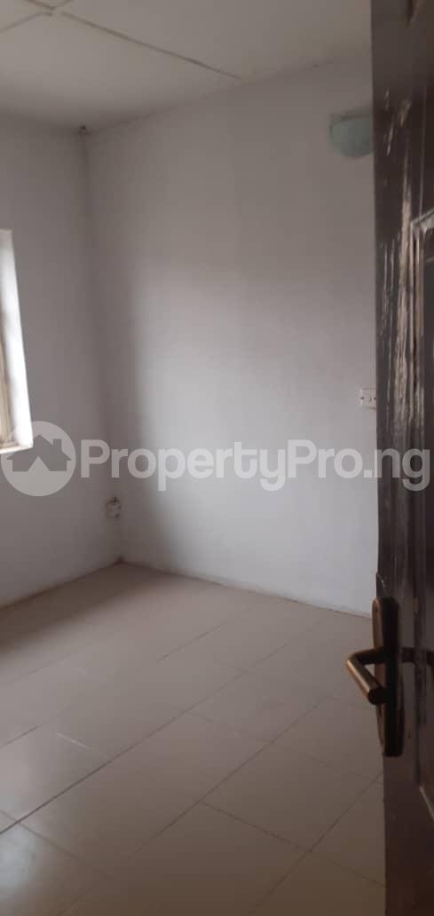 3 bedroom Shared Apartment Flat / Apartment for rent Onigbongbo Maryland Mende Maryland Lagos - 4