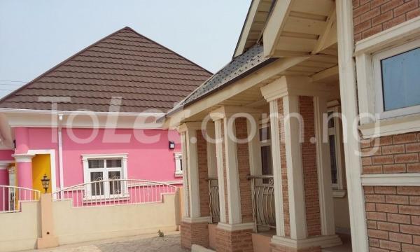 3 bedroom Detached Bungalow for sale Simawa/ Mowe Obafemi Owode Ogun - 2