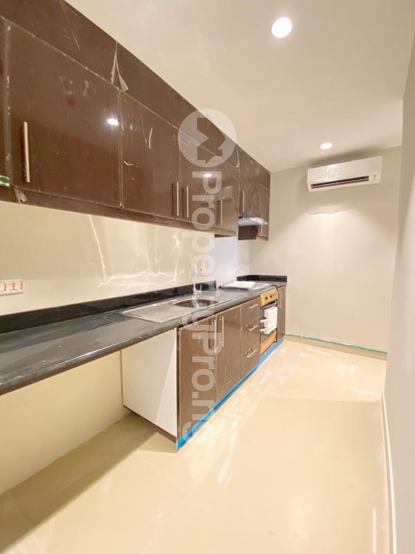 2 bedroom Flat / Apartment for sale Blue Water View Apartments Lekki Phase 1 Lekki Lagos - 20
