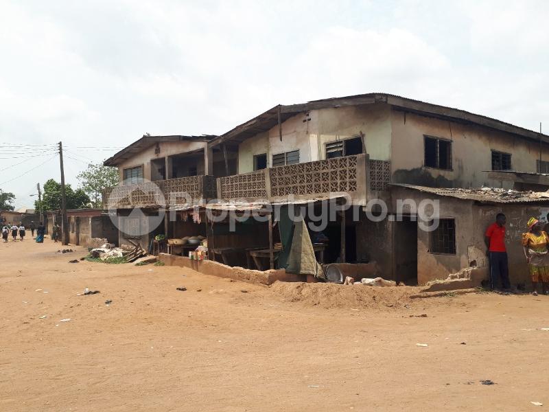 10 bedroom School Commercial Property for sale Ojuore Sango Ota  Ota-Idiroko road/Tomori Ado Odo/Ota Ogun - 1