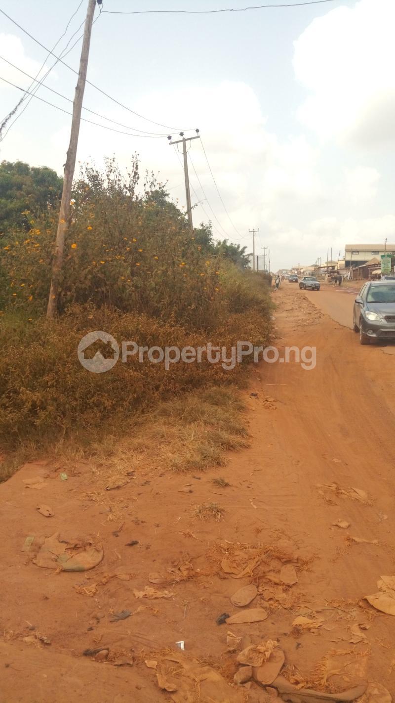 Commercial Land for sale Quarters Junction Olounda Road Olounda Ibadan Olorunda Lagelu Oyo - 3