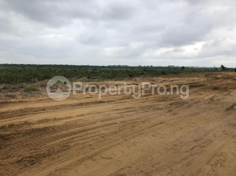 Residential Land for sale Eagle's Pride Estate Poka. Epe Road Epe Lagos - 4