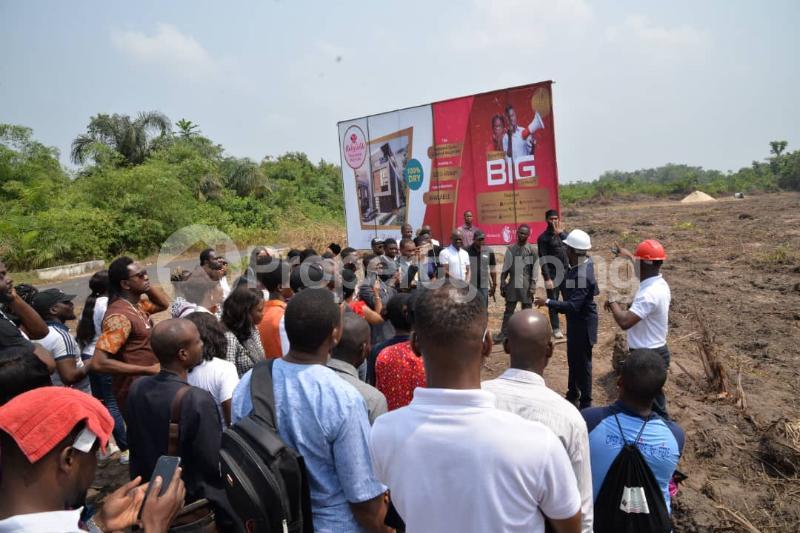 Mixed   Use Land Land for sale Located At Okun Imedu Ibeju Lekki Lagos Nigeria Ise town Ibeju-Lekki Lagos - 6