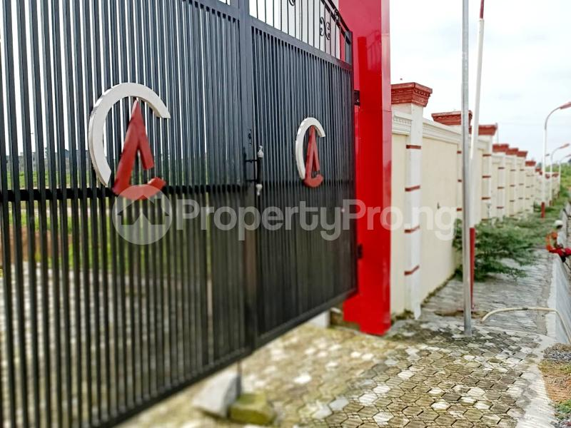 Serviced Residential Land Land for sale Sabon-Lugbe, 10 Minutes From Nnamdi Azikwe International Airport Lugbe Abuja - 1
