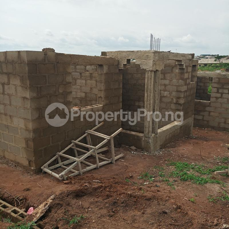 2 bedroom Residential Land Land for sale Onihale bus.stop ,baloo junction abanikole Agoro area Agbado Ifo Ogun - 1