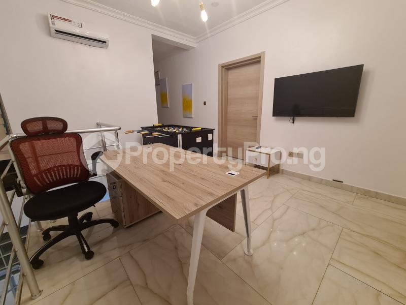 4 bedroom Semi Detached Duplex House for shortlet Dideolu estate ONIRU Victoria Island Lagos - 11