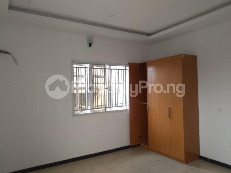 5 bedroom Flat / Apartment for rent Alagomeji Yaba Lagos - 0