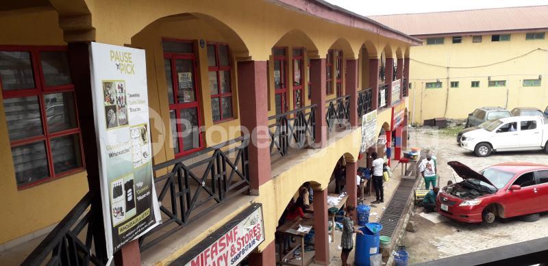 Shop Commercial Property for sale NTA market Agodi Ibadan Oyo - 4