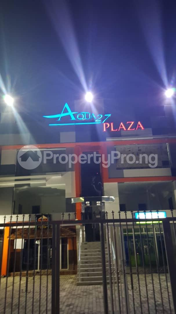 1 bedroom Shop in a Mall for rent Plot 42, Block Li, Chevron Drive, Off Lekki Epe Expressway Lagos State. chevron Lekki Lagos - 1
