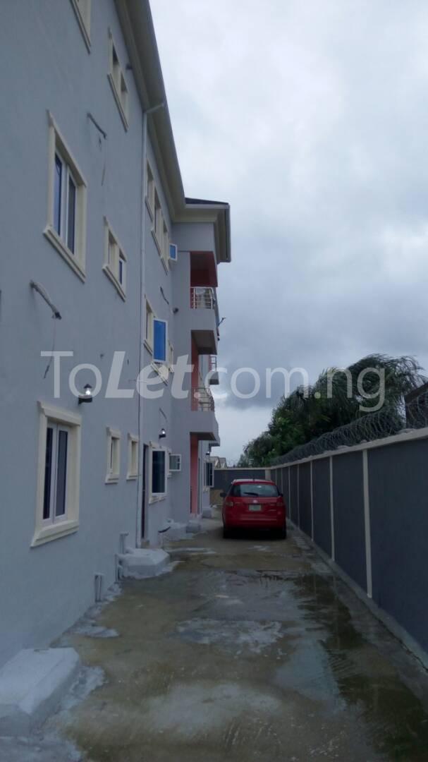2 bedroom Flat / Apartment for rent Sangotedo After The New Shoprite Off Lekki-Epe Expressway Ajah Lagos - 14