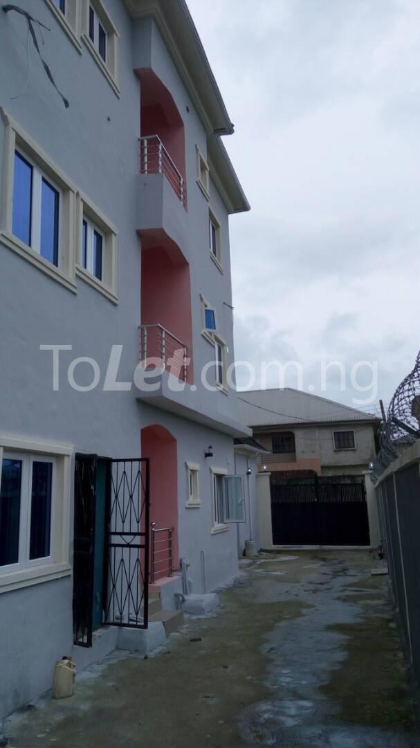 2 bedroom Flat / Apartment for rent Sangotedo After The New Shoprite Off Lekki-Epe Expressway Ajah Lagos - 30