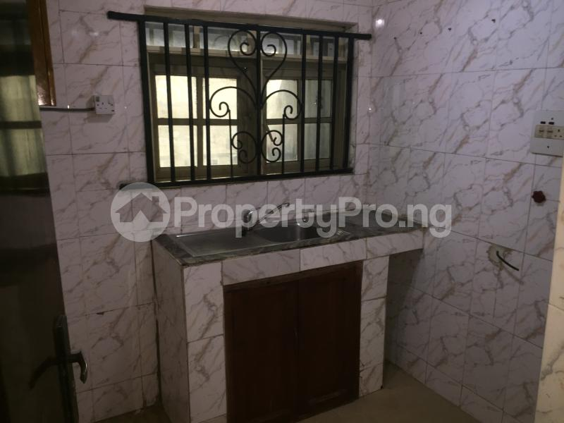 2 bedroom Flat / Apartment for rent Oluwadare  Fola Agoro Yaba Lagos - 12