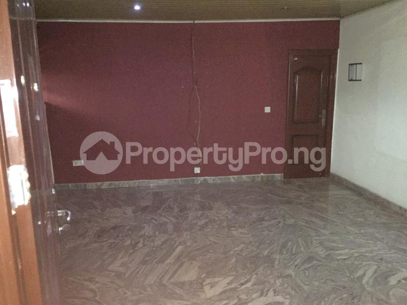 2 bedroom Flat / Apartment for rent Oluwadare  Fola Agoro Yaba Lagos - 4