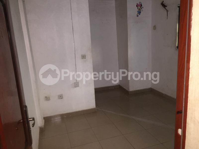 2 bedroom Flat / Apartment for rent Oluwadare  Fola Agoro Yaba Lagos - 7