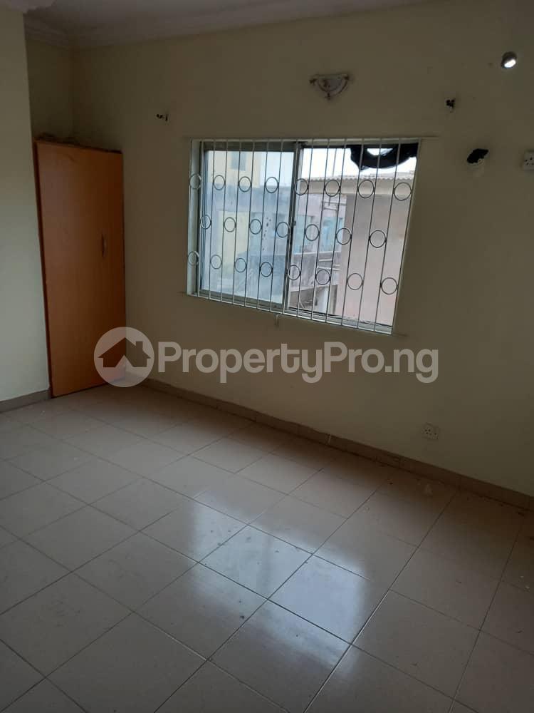 2 bedroom Flat / Apartment for rent Adekunle kuye Adelabu Surulere Lagos - 1