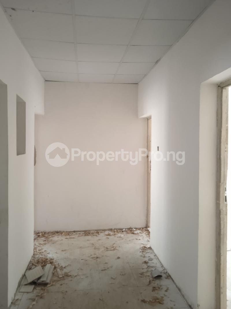 2 bedroom Flat / Apartment for rent Rafiu williams Adelabu Surulere Lagos - 2